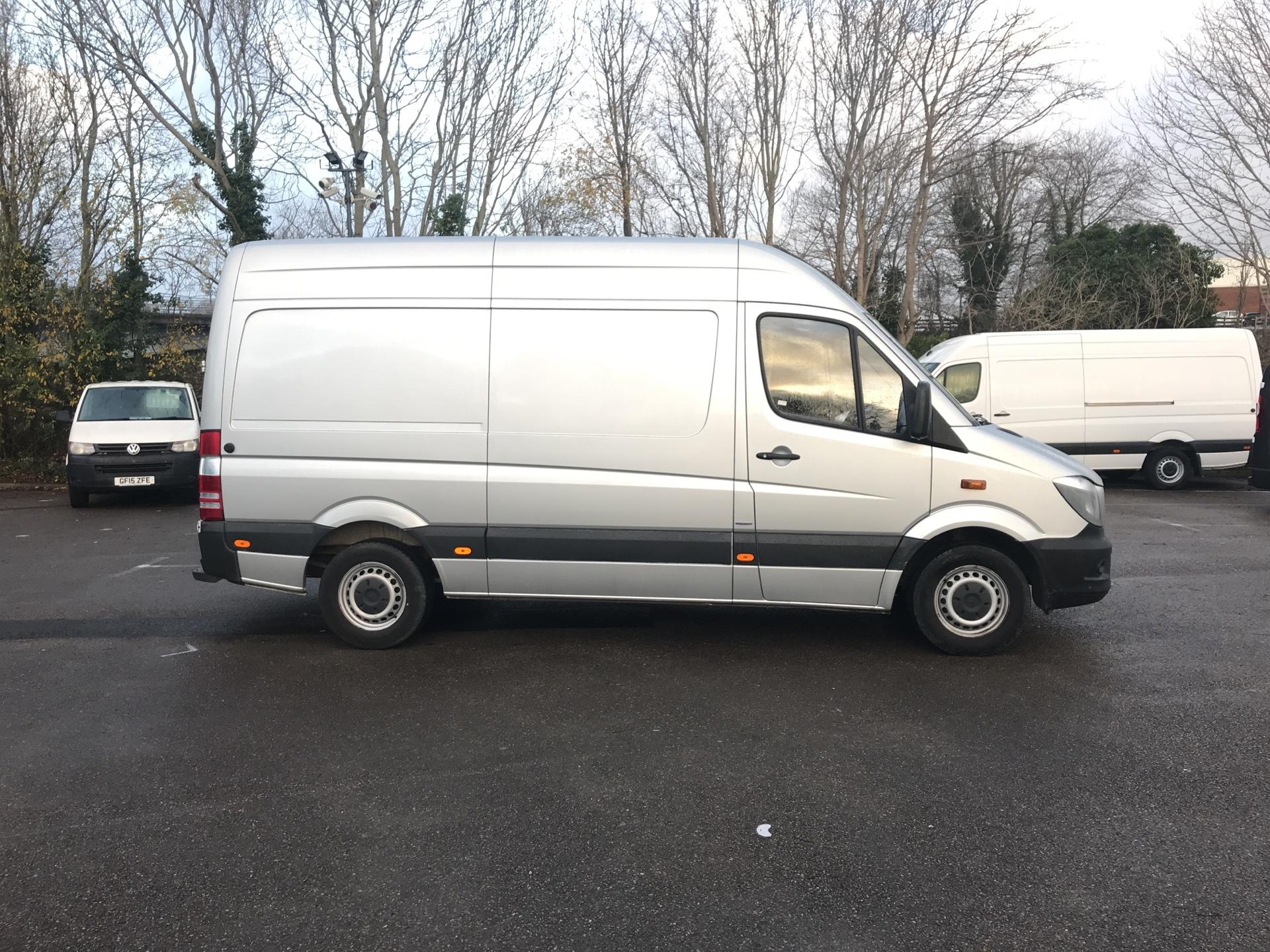 2015 Mercedes-Benz Sprinter  313 MWB H/R BLUE EFFICIENCY EURO 5 (KJ15OKT) Image 2