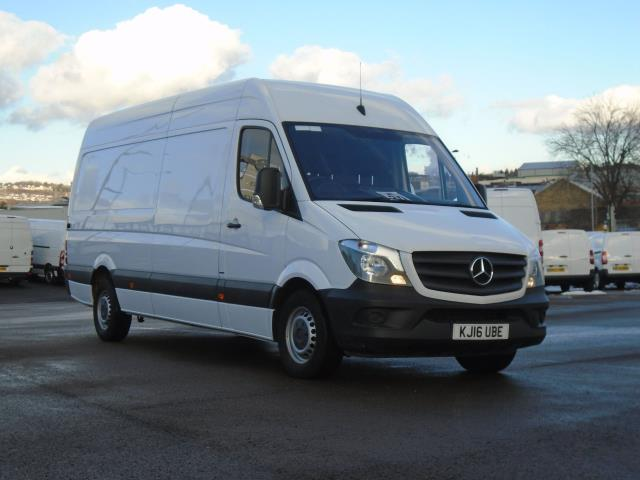 2016 Mercedes-Benz Sprinter 3.5T High Roof Van (KJ16UBE)