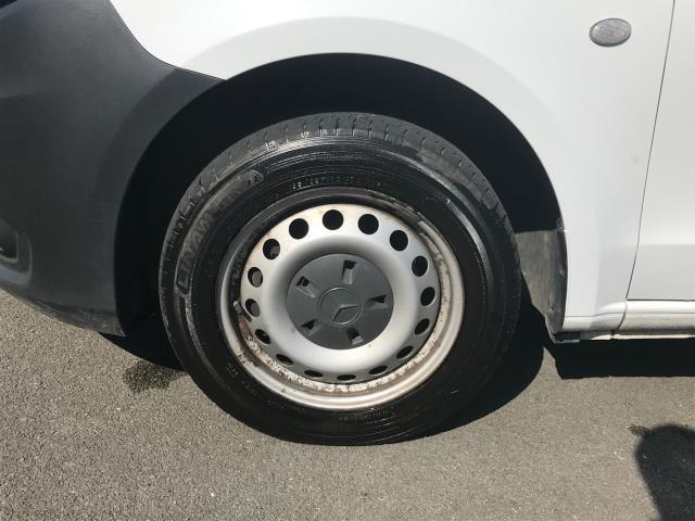 2017 Mercedes-Benz Vito LONG 111CDI VAN EURO 6  (KJ17NVY) Image 14