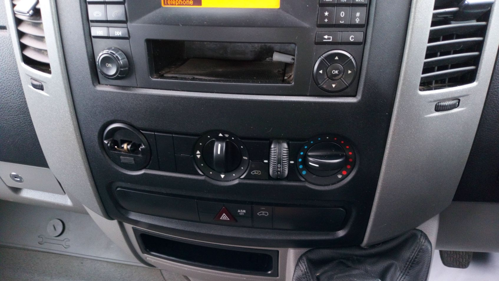 2017 Mercedes-Benz Sprinter 314Cdi Double Cab Tipper  (KJ17NXD) Image 21