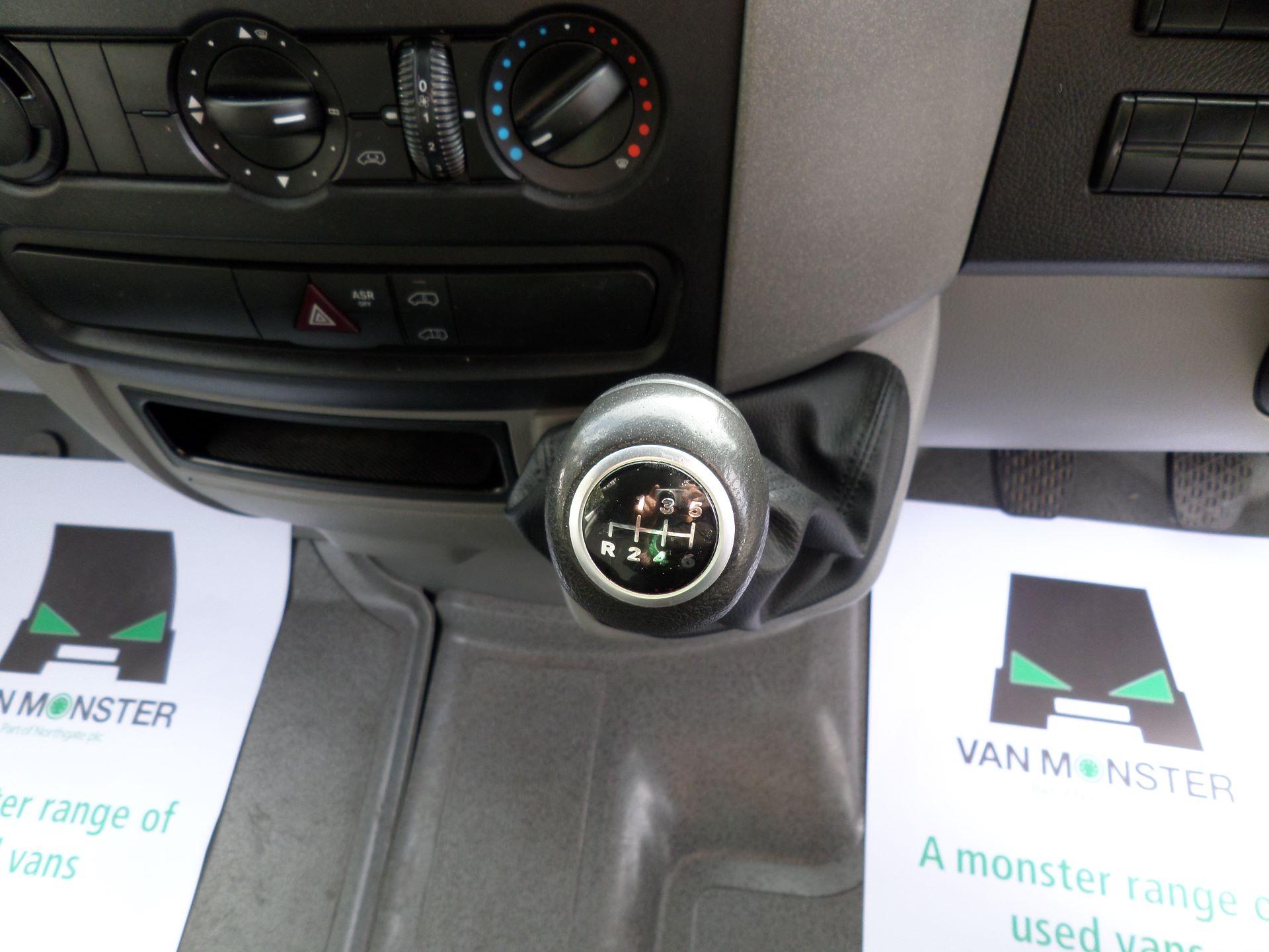 2017 Mercedes-Benz Sprinter  314 LWB H/R VAN EURO 6 (KJ17OCX) Image 4