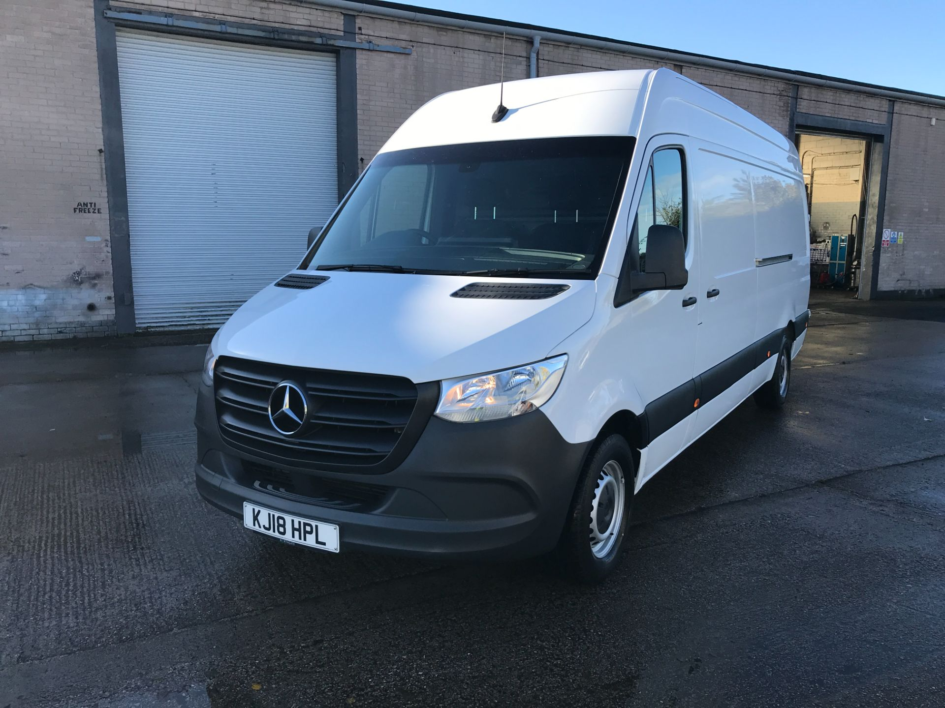 2018 Mercedes-Benz Sprinter 314CDI L3 H2 140PS EURO 6 (KJ18HPL) Thumbnail 13