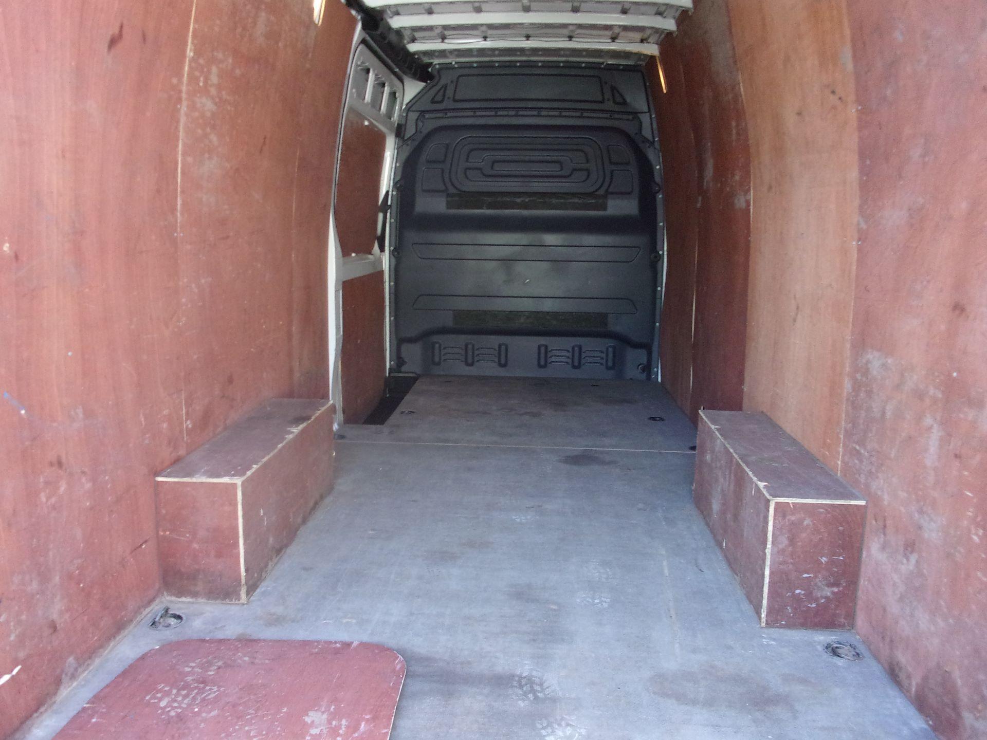 2018 Mercedes-Benz Sprinter 314 CDI L3 DIESEL RWD H2 VAN EURO 6 (KJ18HRN) Image 19