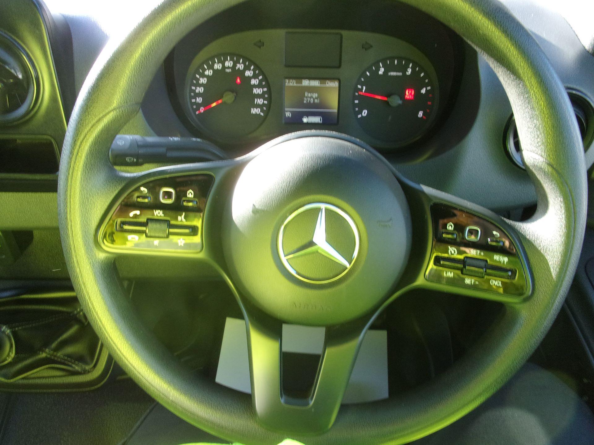 2018 Mercedes-Benz Sprinter 314 CDI L3 DIESEL RWD H2 VAN EURO 6 (KJ18HRN) Image 5