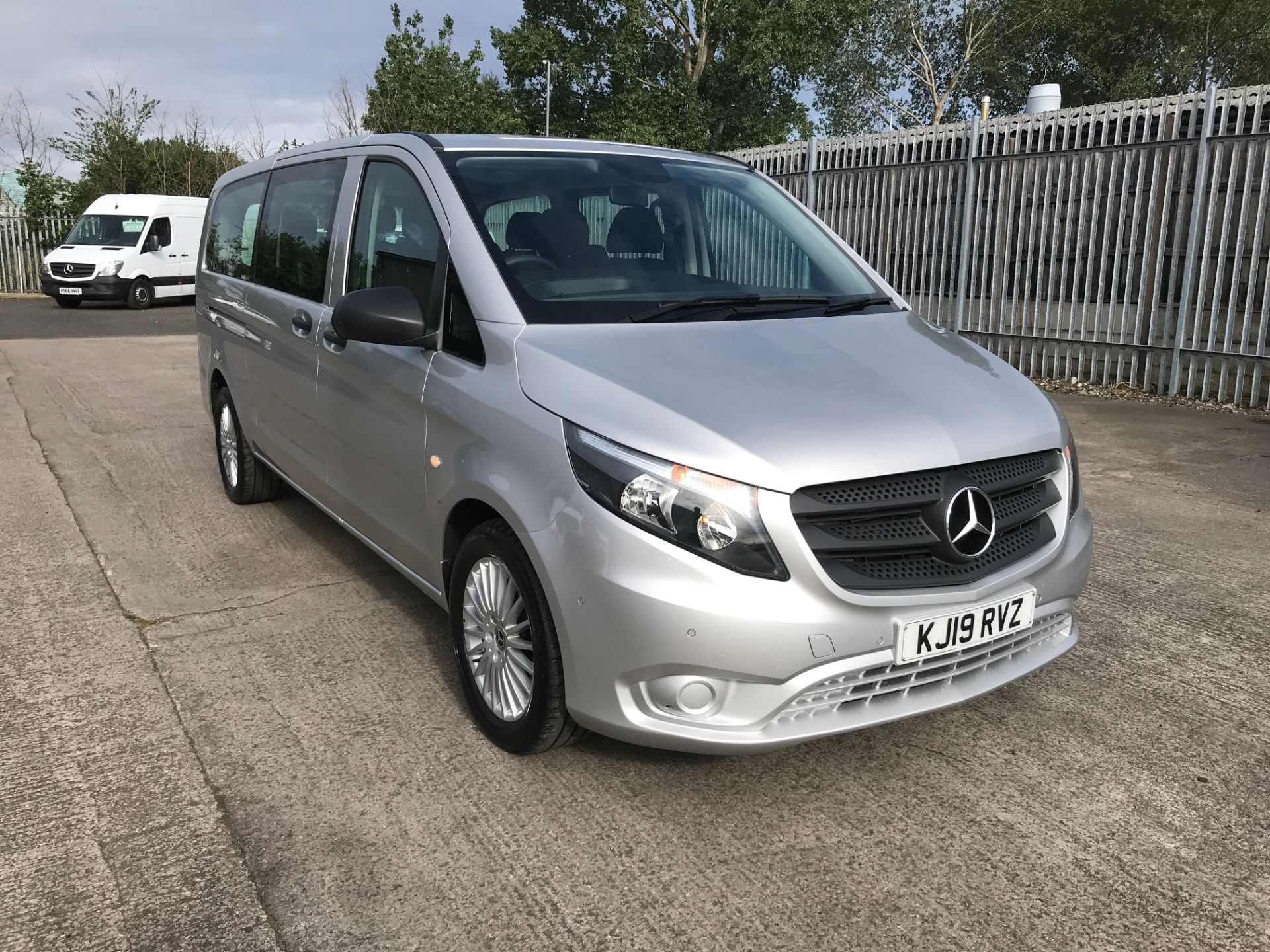 2019 Mercedes-Benz Vito 119CDI XLWB BLUETEC TOURER SELECT EURO 6 AUTOMATIC (KJ19RVZ)