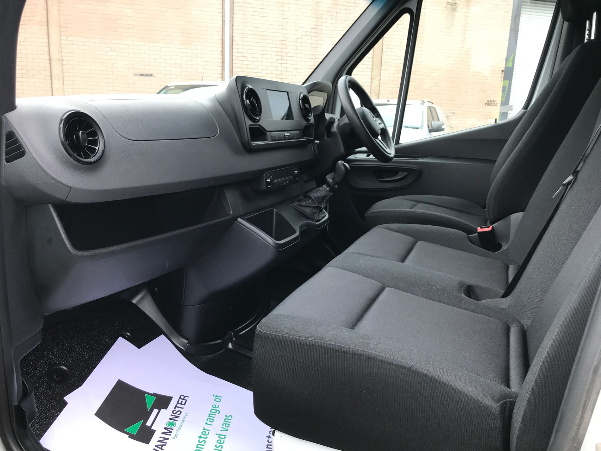 2019 Mercedes-Benz Sprinter 314CDI L2 H2 140PS EURO 6 (KJ68GZB) Image 12
