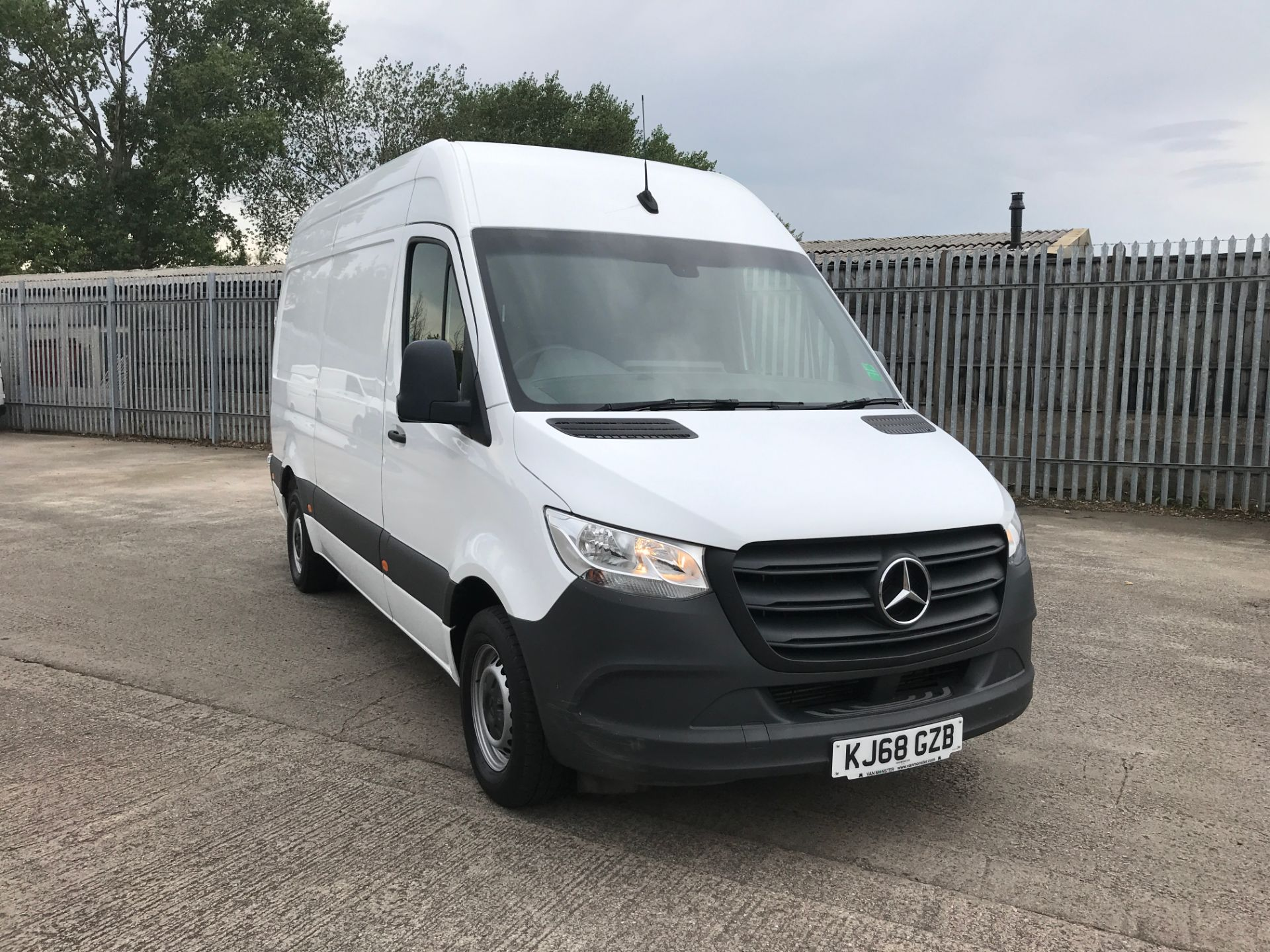 2019 Mercedes-Benz Sprinter 314CDI L2 H2 140PS EURO 6 (KJ68GZB)