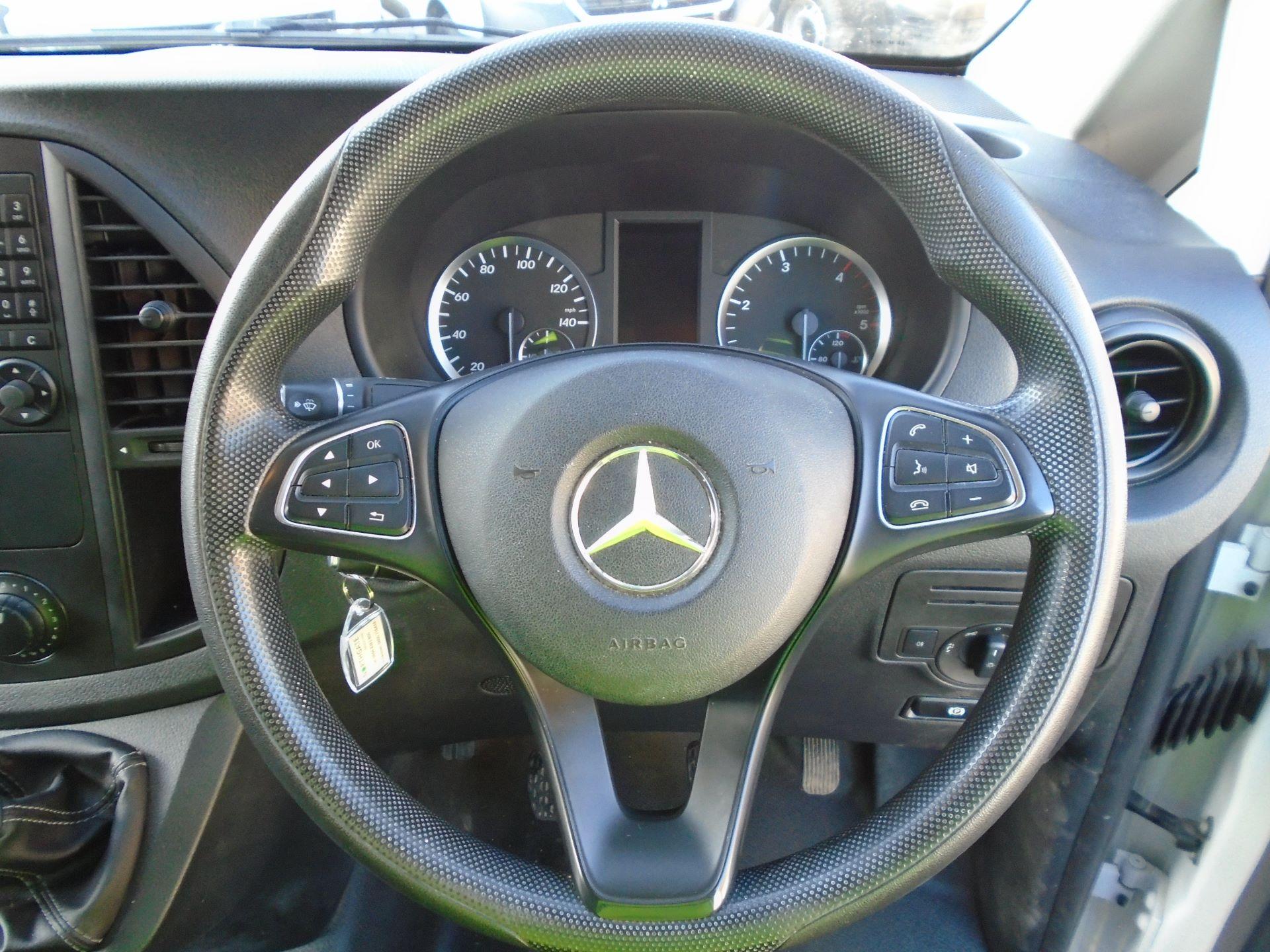 2017 Mercedes-Benz Vito 111Cdi Van (KK17BJX) Image 15