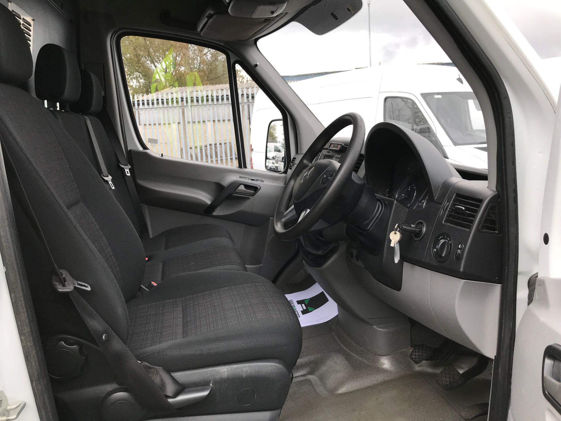 2017 Mercedes-Benz Sprinter 314CDI MWB HIGH ROOF 140PS EURO 6 (KK17BKJ) Image 2