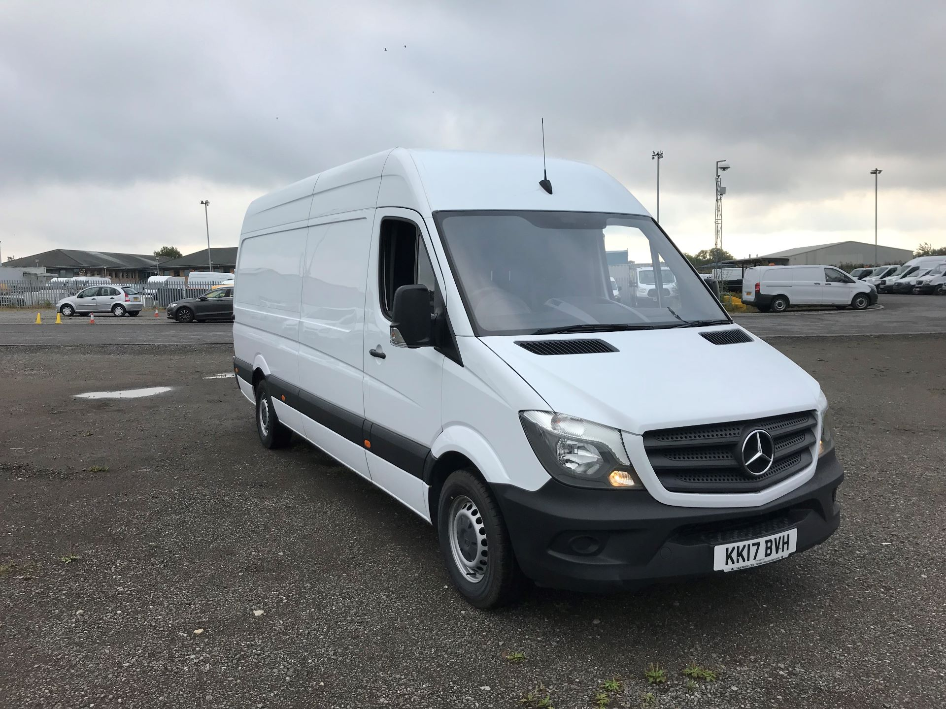 2017 Mercedes-Benz Sprinter 3.5T High Roof Van (KK17BVH)