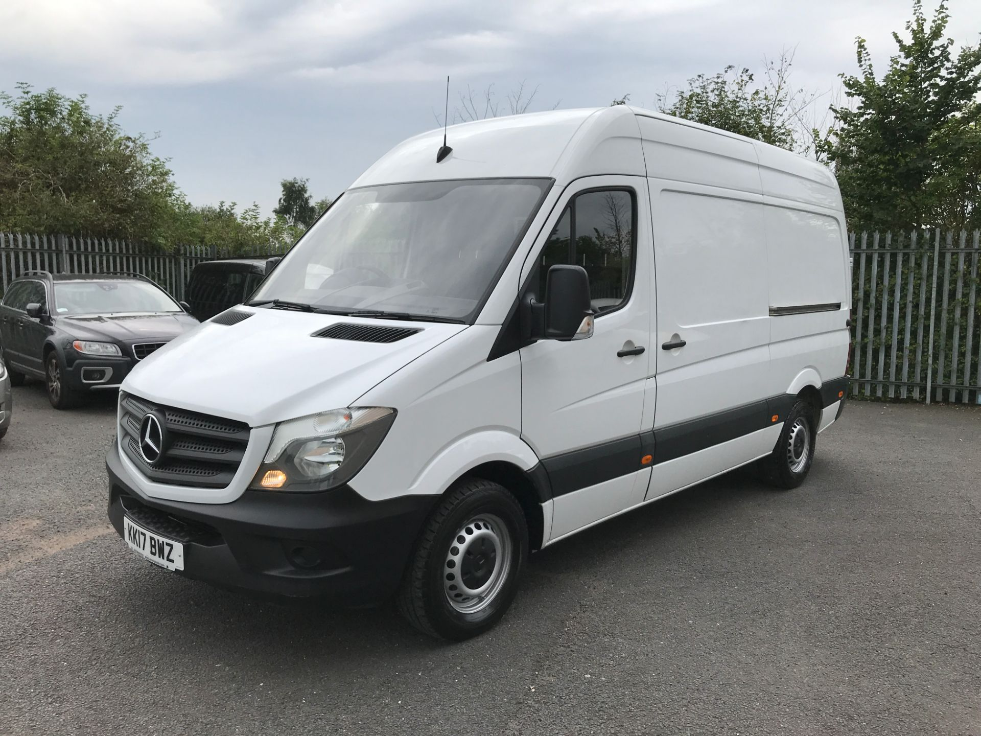 2017 Mercedes-Benz Sprinter 314CDI MWB HIGH ROOF 140PS EURO 6 (KK17BWZ) Image 13