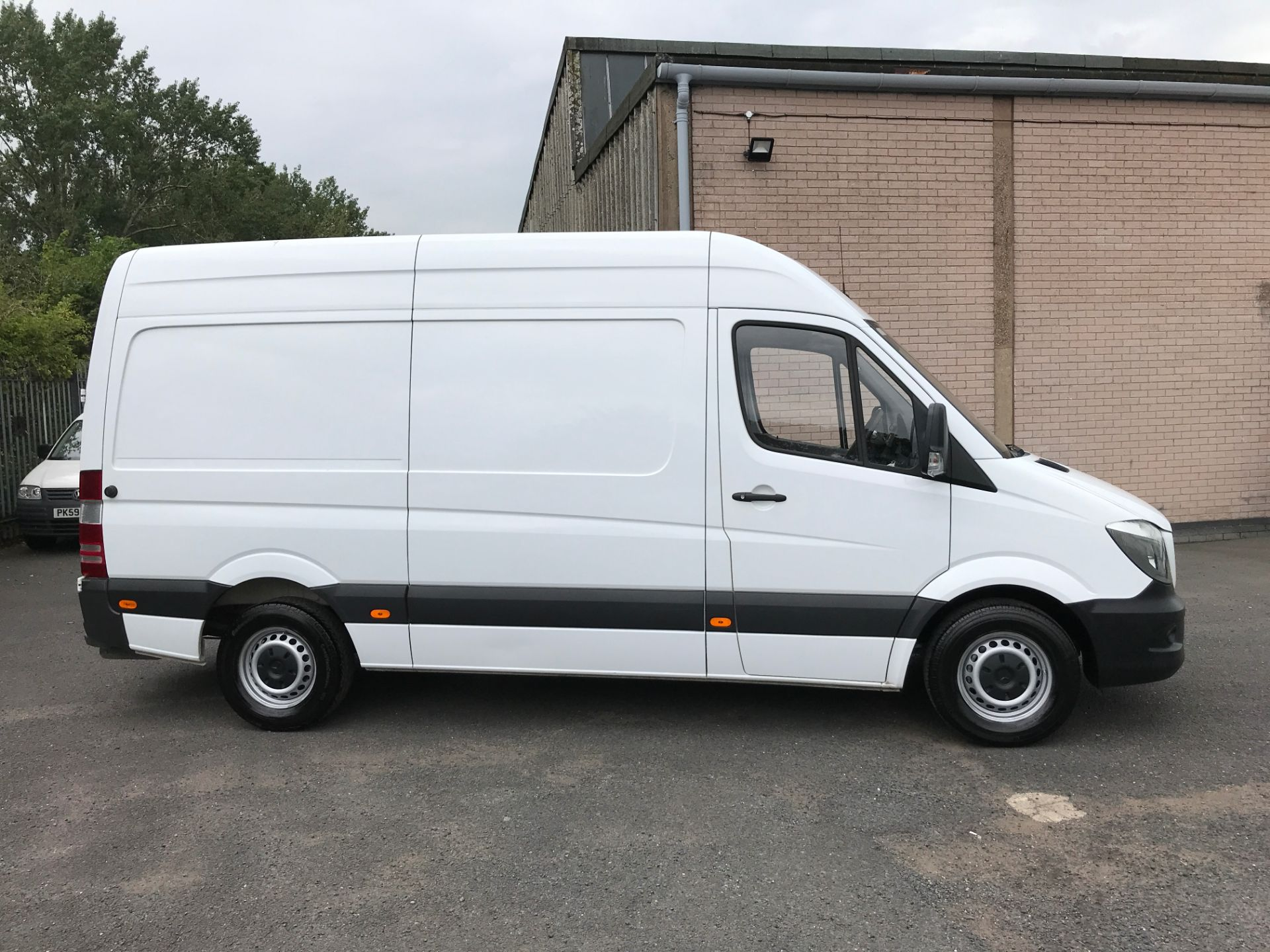 2017 Mercedes-Benz Sprinter 314CDI MWB HIGH ROOF 140PS EURO 6 (KK17BWZ) Image 7