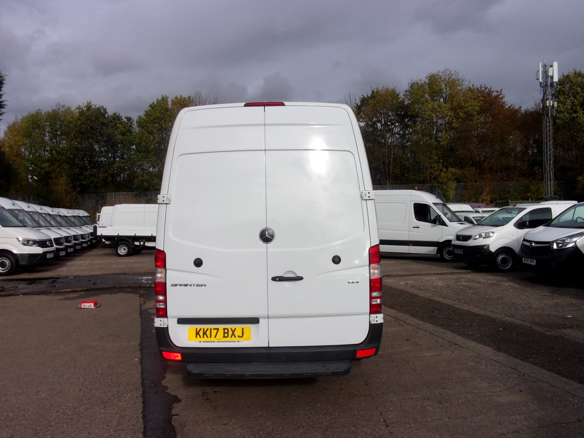 2017 Mercedes-Benz Sprinter 314 CDI LWB HIGH ROOF EURO 6 (KK17BXJ) Image 11