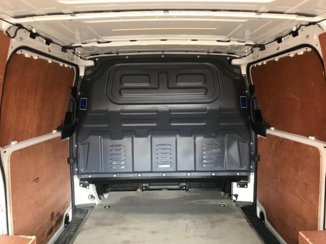 2017 Mercedes-Benz Vito 111Cdi Van LWB Euro 6 (KK17JXZ) Image 34