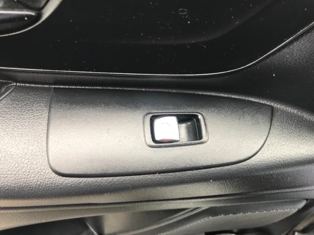 2017 Mercedes-Benz Vito 111Cdi Van LWB Euro 6 (KK17JXZ) Image 28