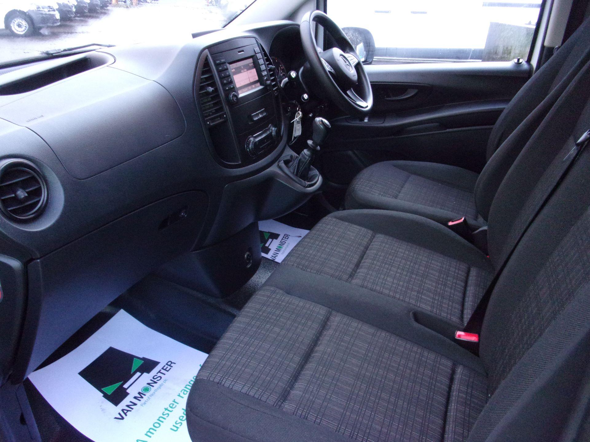 2017 Mercedes-Benz Vito LONG 111 CDI VAN EURO 6 (KK17JYF) Image 14