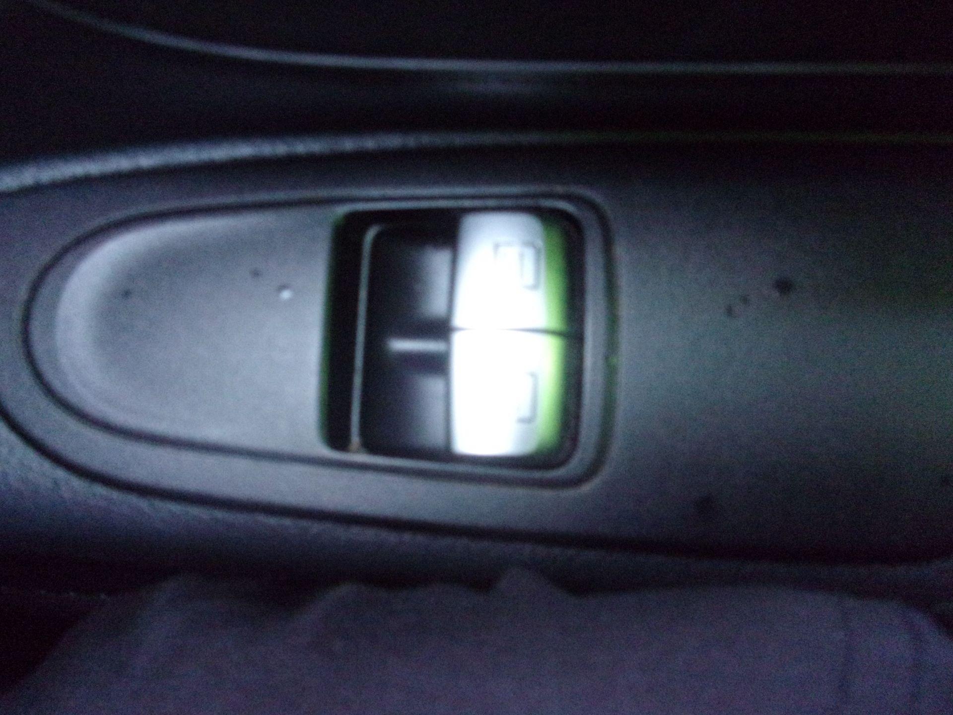 2017 Mercedes-Benz Vito LONG 111 CDI VAN EURO 6 (KK17JYF) Image 8