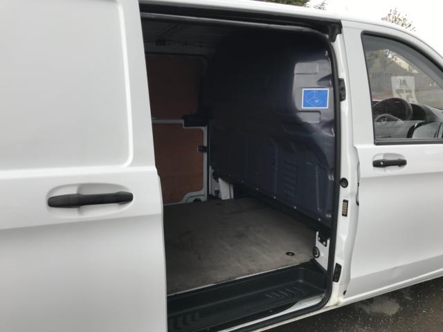 2017 Mercedes-Benz Vito 111Cdi Van LWB Euro 6 (KK17KDZ) Image 32