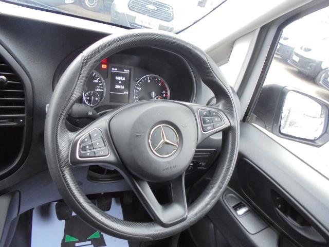 2017 Mercedes-Benz Vito 111Cdi Van (KK17KFE) Image 24
