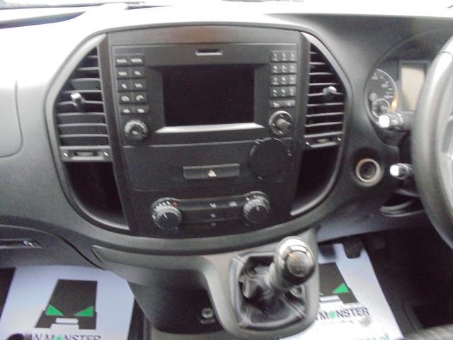 2017 Mercedes-Benz Vito 111Cdi Van (KK17KFE) Image 18