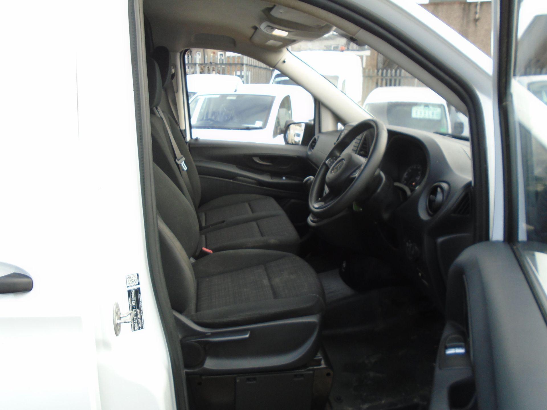 2017 Mercedes-Benz Vito 111Cdi Van *EURO 6* (KK17KGA) Image 14