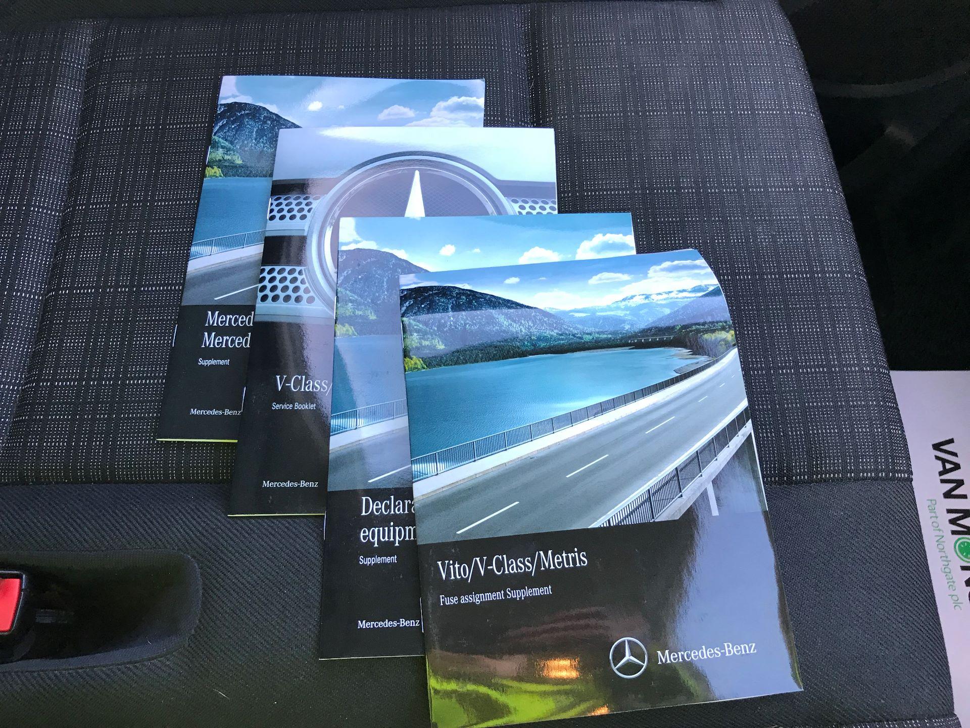 2017 Mercedes-Benz Vito LONG 111CDI VAN EURO 6  (KK17KHU) Image 24
