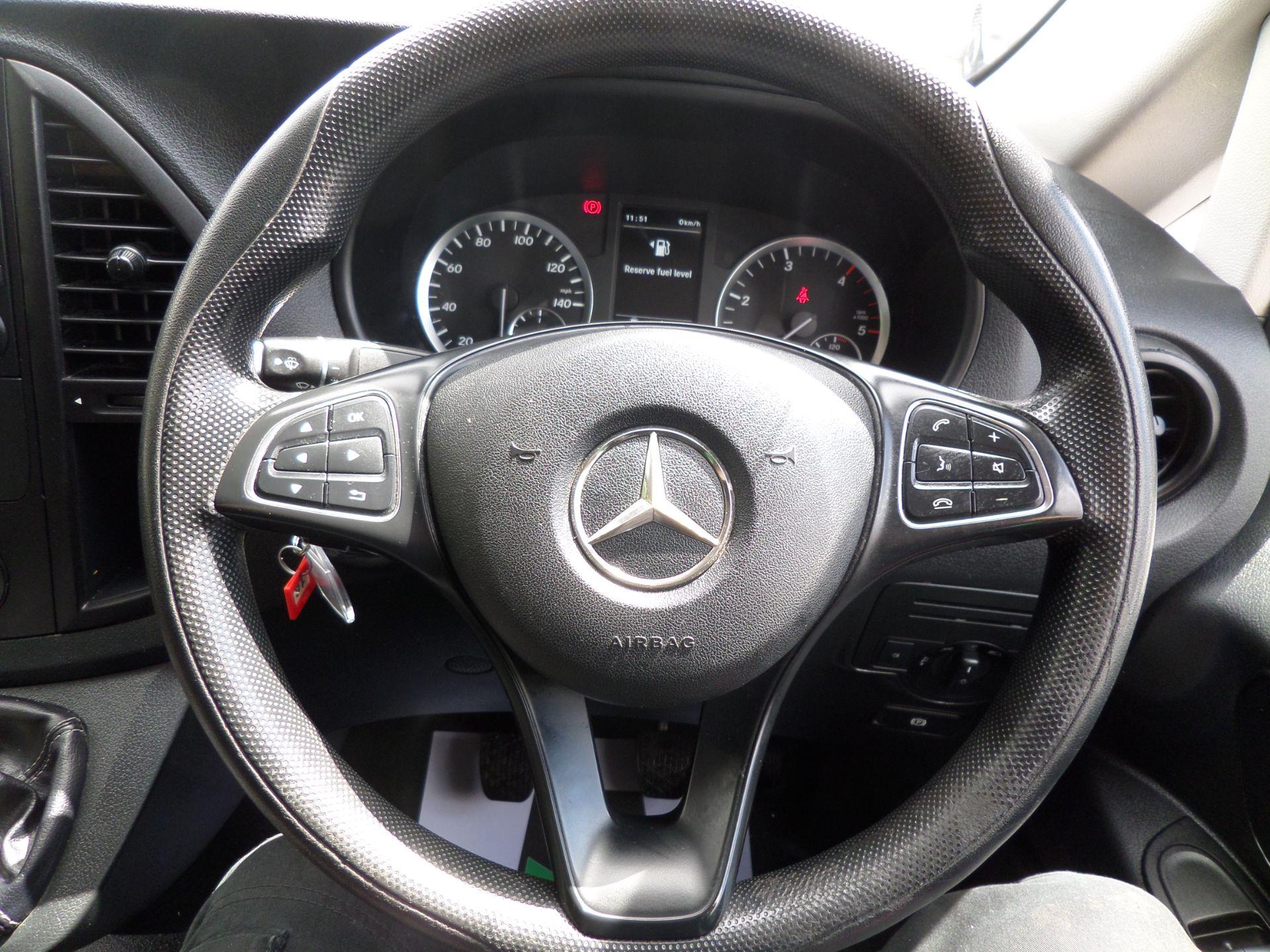 2017 Mercedes-Benz Vito 111Cdi Van LWB Euro 6 (KK17KHV) Image 15
