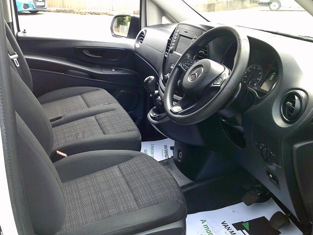 2017 Mercedes-Benz Vito LONG 111 CDI VAN EURO 6 (KK17KHZ) Image 2