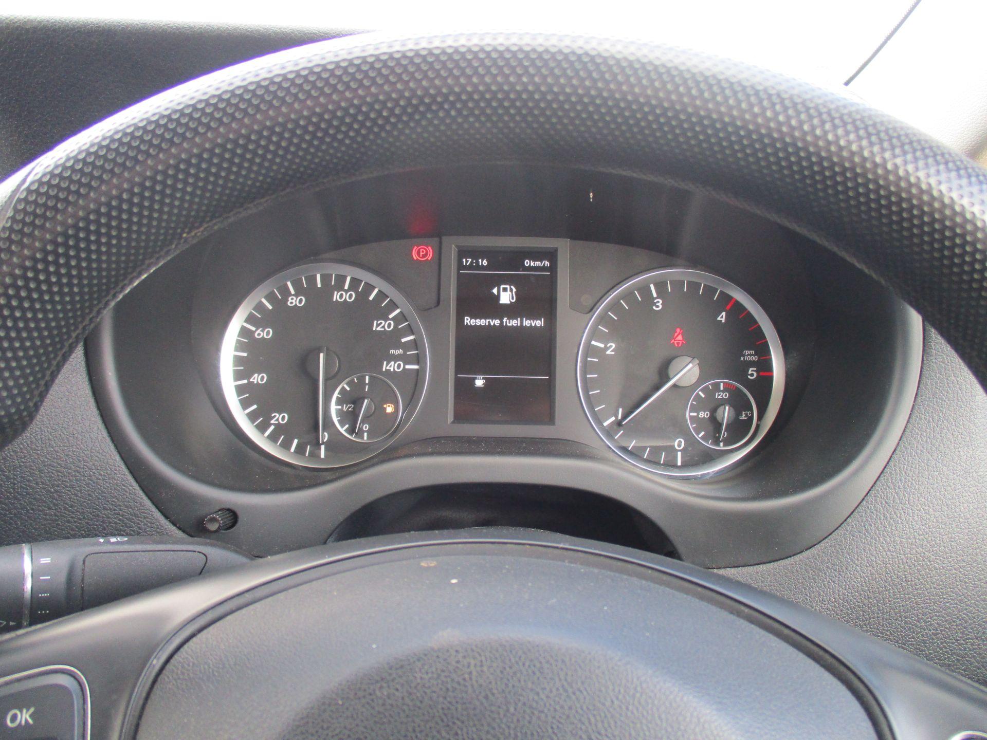 2017 Mercedes-Benz Vito LONG 111 CDI VAN EURO 6 (KK17KJE) Image 18