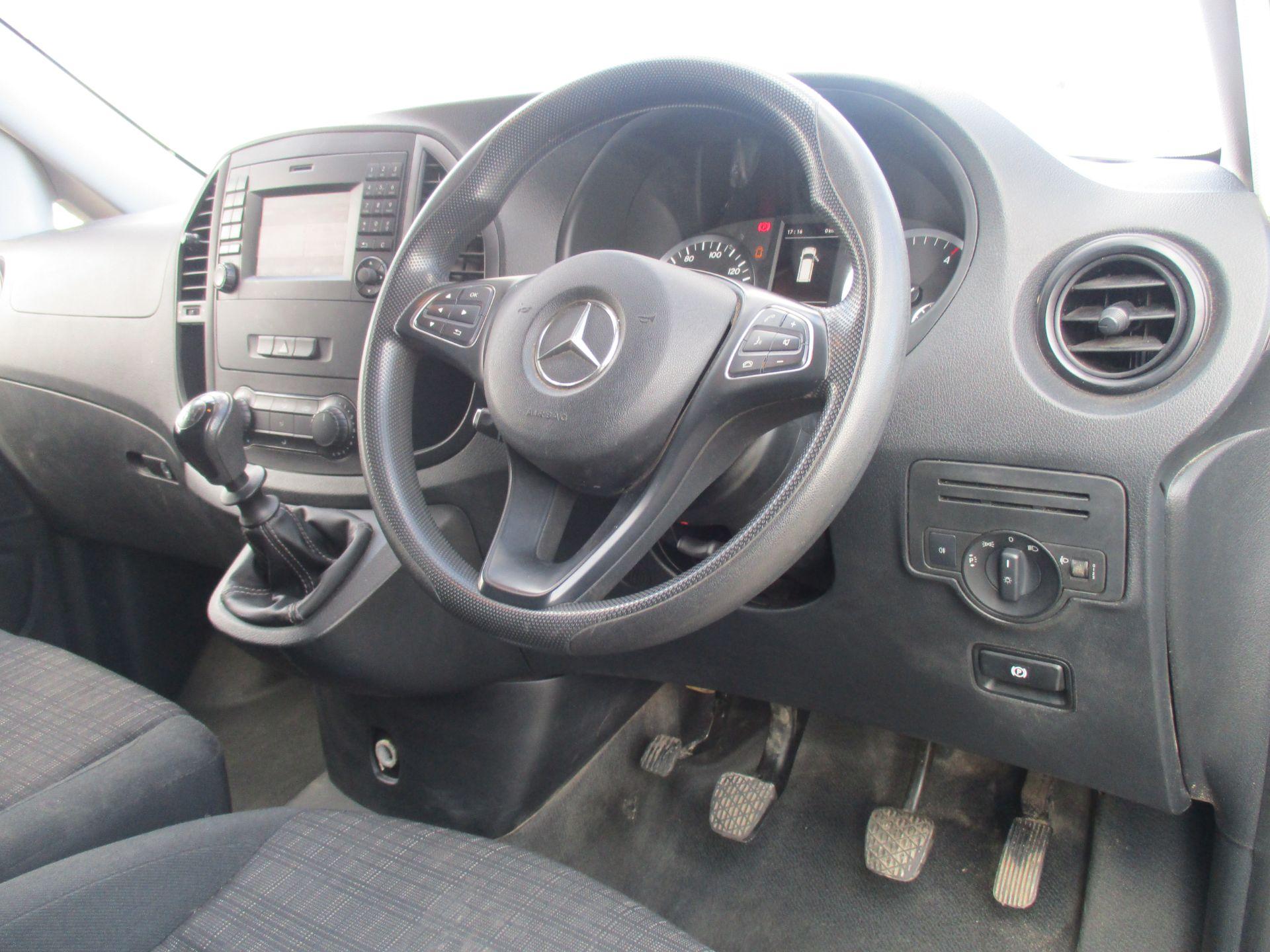 2017 Mercedes-Benz Vito LONG 111 CDI VAN EURO 6 (KK17KJE) Image 14