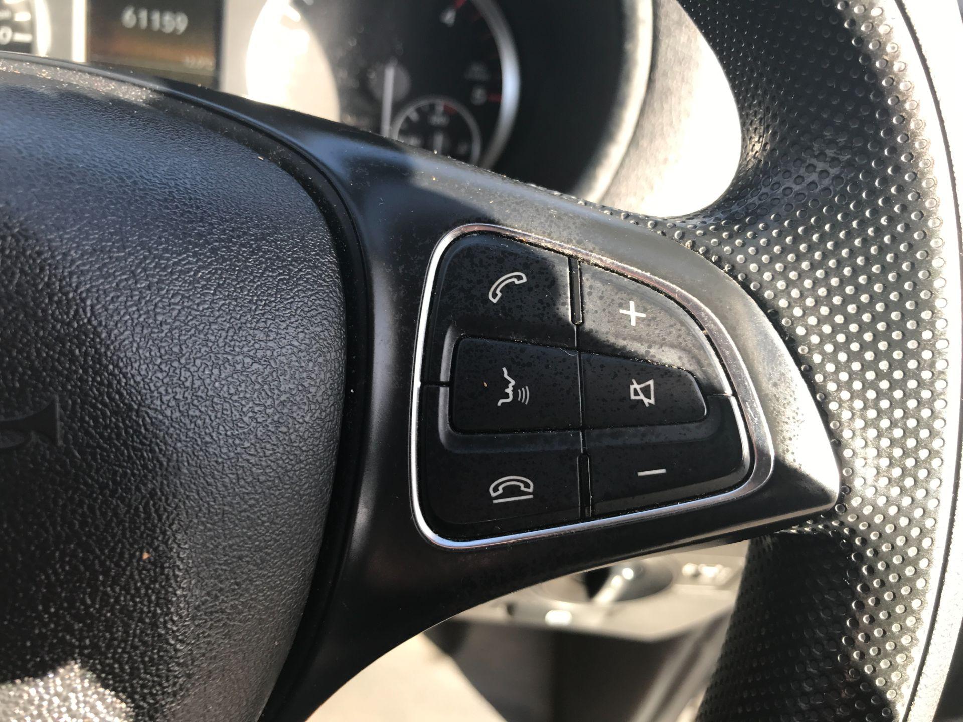 2017 Mercedes-Benz Vito 111CDI LWB 110PS EURO 6 (KK17KJU) Image 19