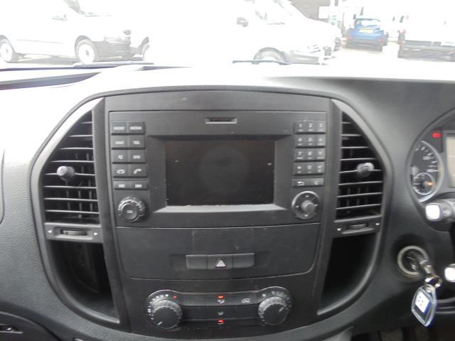 2017 Mercedes-Benz Vito 111Cdi Van (KK17KMA) Image 18