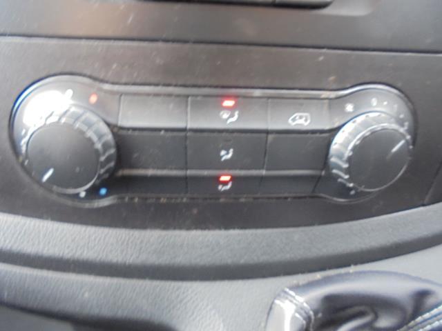 2017 Mercedes-Benz Vito 111Cdi Van (KK17KMA) Image 19