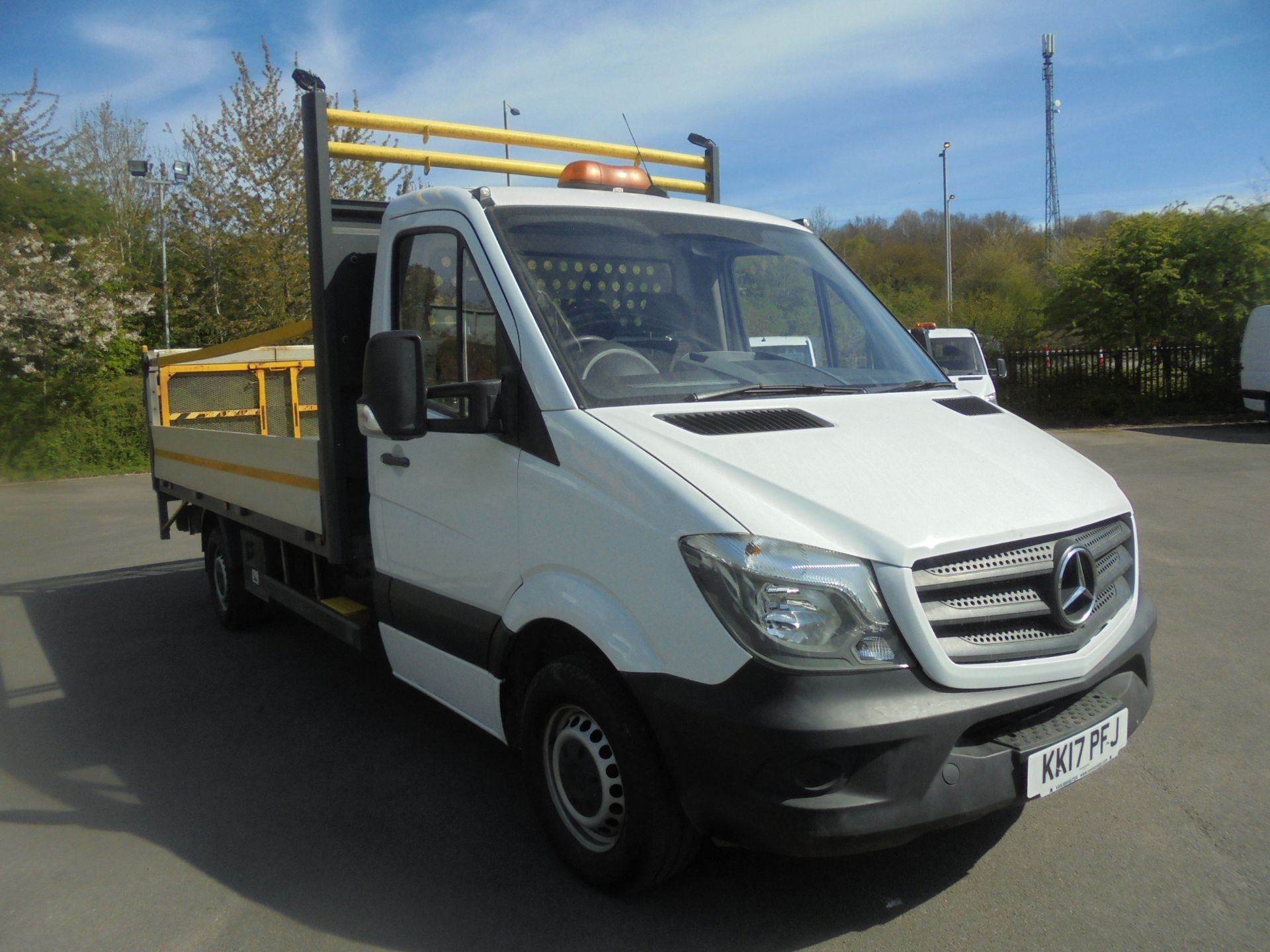 2017 Mercedes-Benz Sprinter 3.5T Single Cab Drop Side (KK17PFJ)