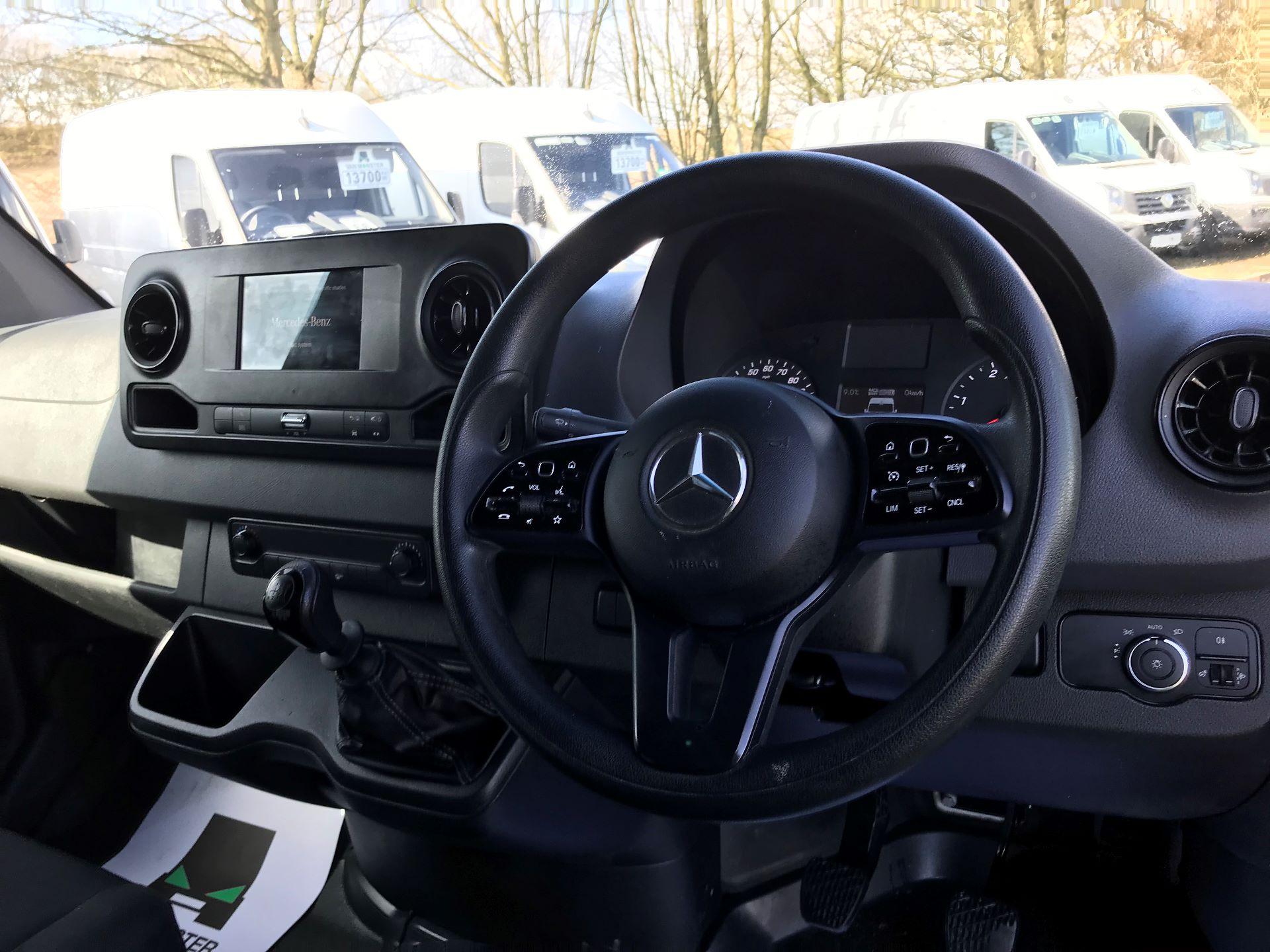 2018 Mercedes-Benz Sprinter 314 MWB H/R VAN EURO 6 (KK18TVA) Image 18