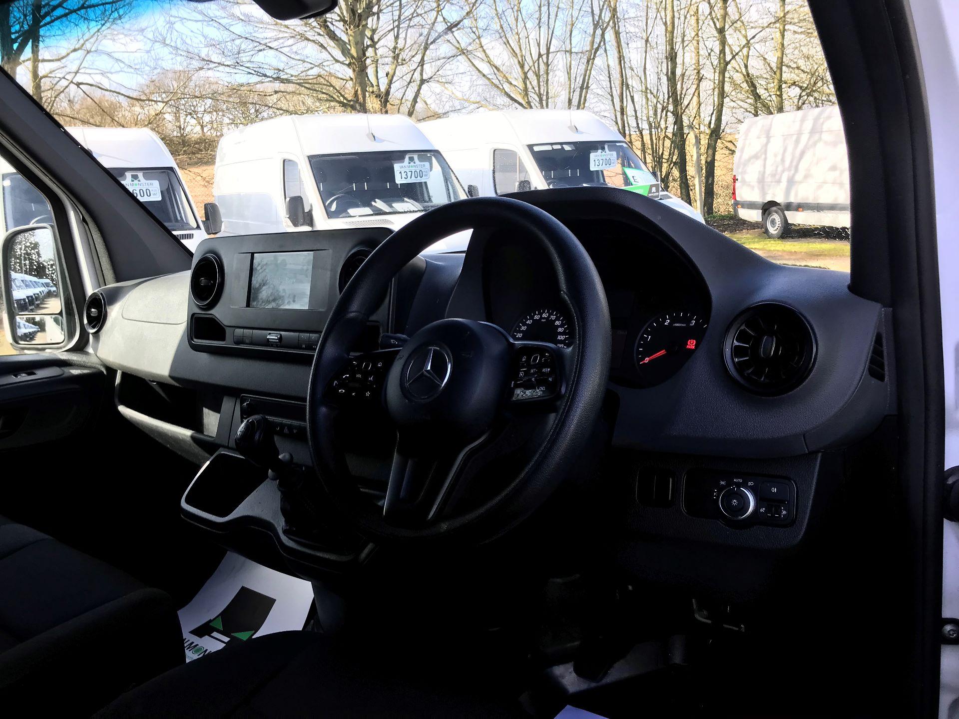 2018 Mercedes-Benz Sprinter 314 MWB H/R VAN EURO 6 (KK18TVA) Image 17