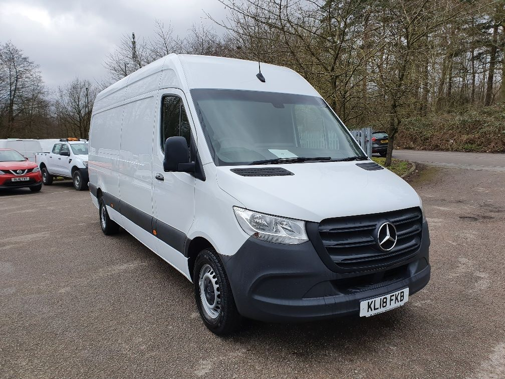 2018 Mercedes-Benz Sprinter 3.5T H2 Van (KL18FKB)