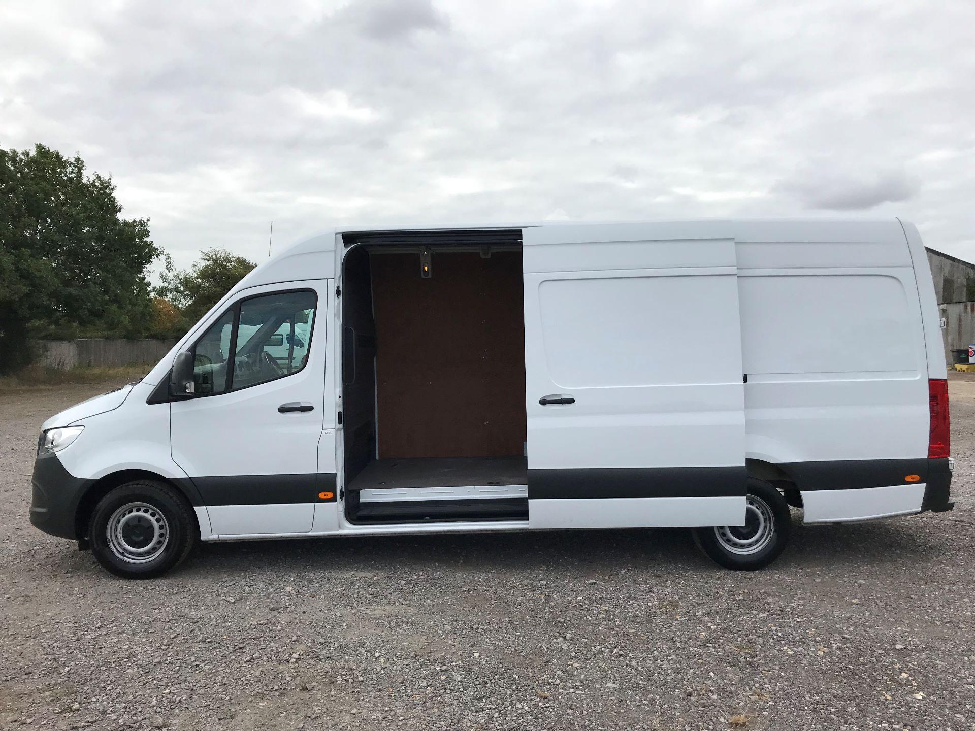 2018 Mercedes-Benz Sprinter 314CDI L3 H2 Van (KL18FKT) Image 11