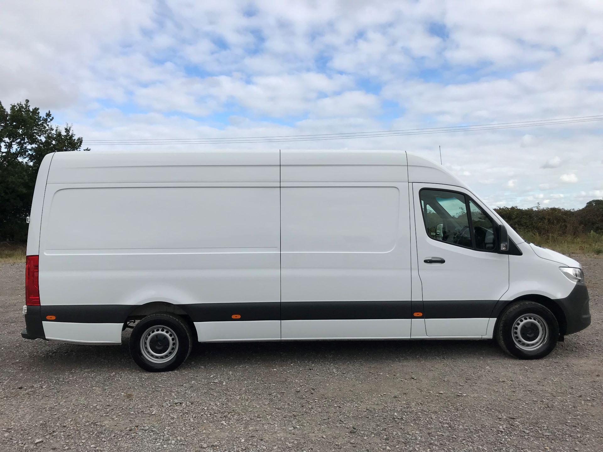 2018 Mercedes-Benz Sprinter 314CDI L3 H2 Van (KL18FKT) Image 9