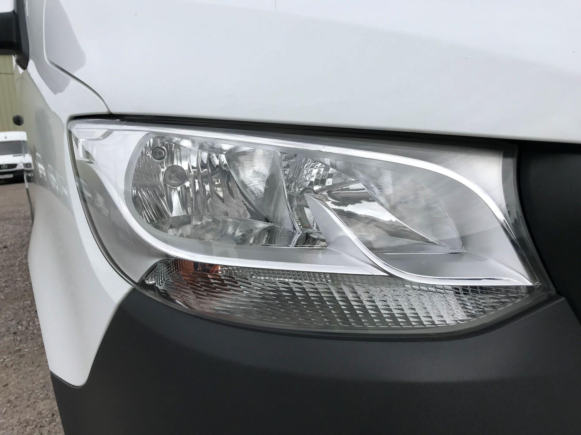 2018 Mercedes-Benz Sprinter 314CDI L3 H2 Van (KL18FKT) Image 17