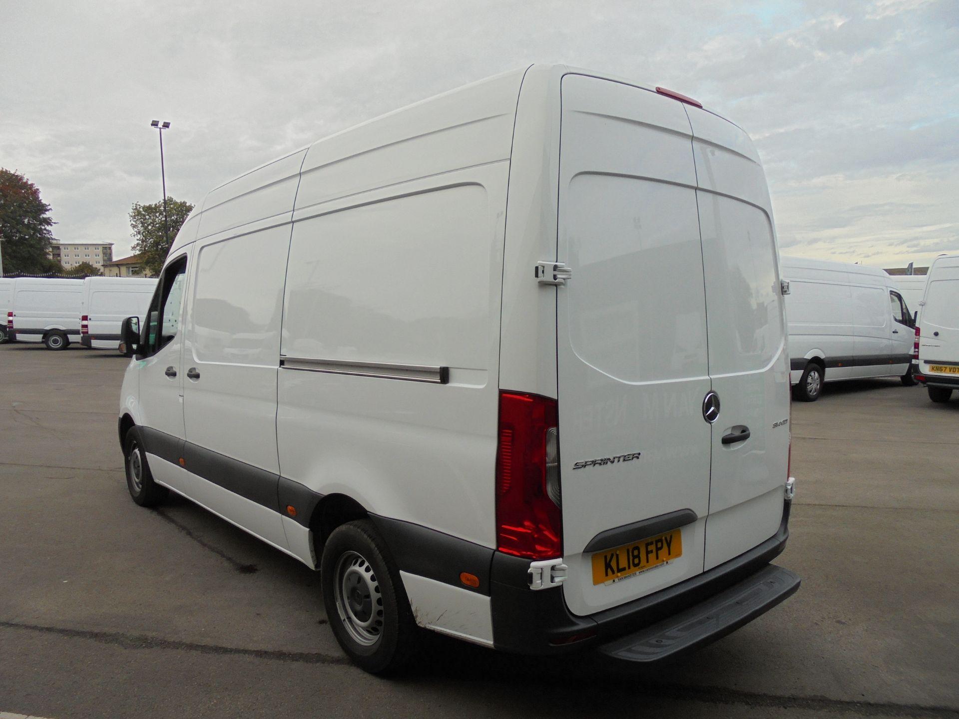 2018 Mercedes-Benz Sprinter 3.5T H2 Van NEW SHAPE  (KL18FPY) Image 5