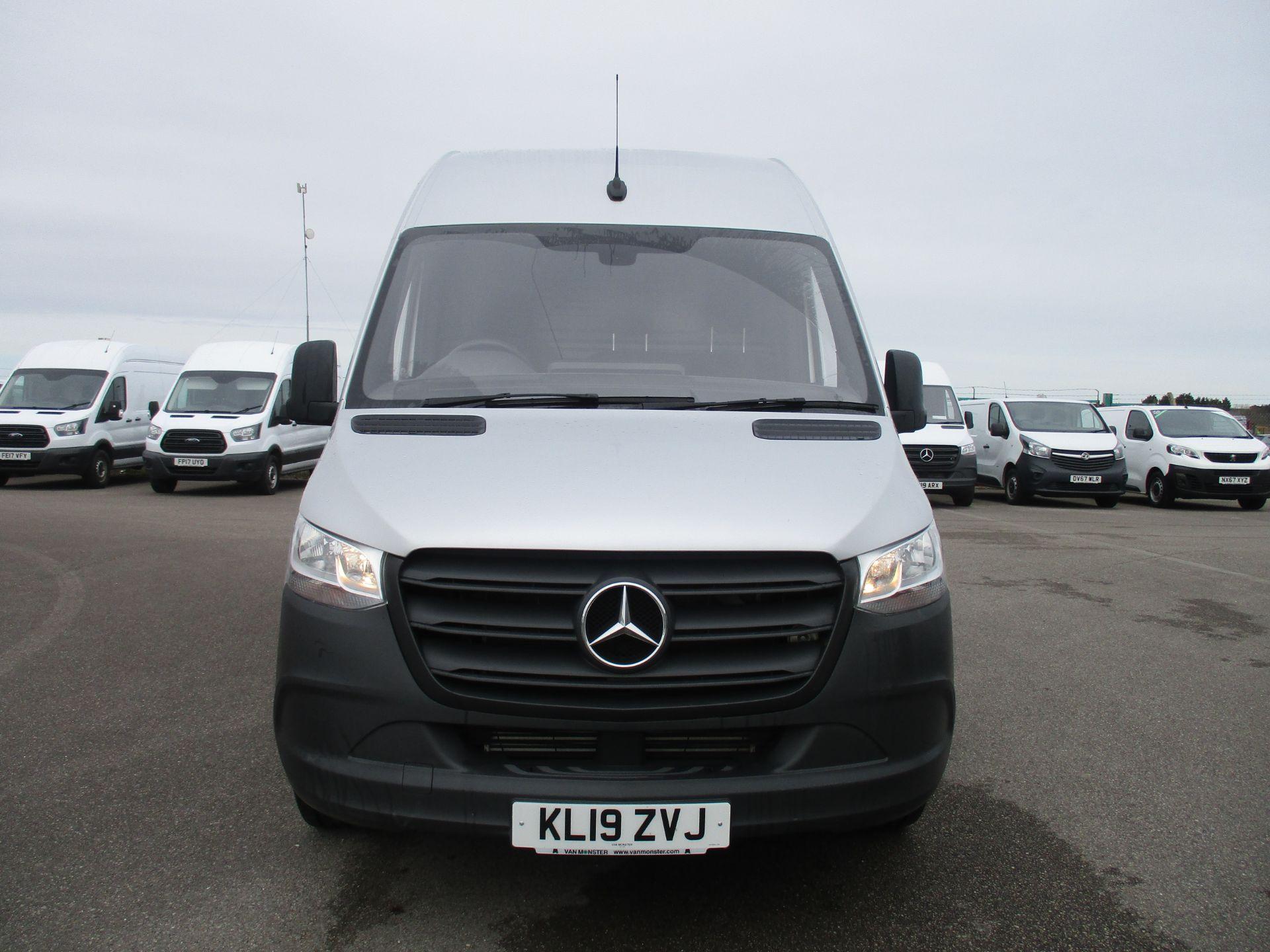 2019 Mercedes-Benz Sprinter 314 CDI L2 H2 140 PS VAN EURO 6 (KL19ZVJ) Image 2
