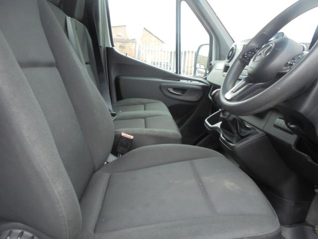 2019 Mercedes-Benz Sprinter 314 LWB 3.5T H2 Van (KL19ZVX) Image 12