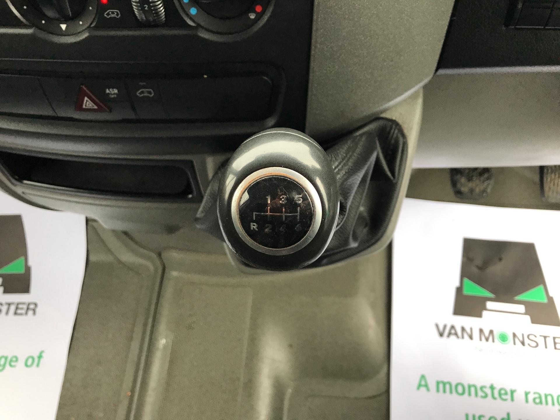 2015 Mercedes-Benz Sprinter 3.5T 313 LWB LONG LUTON EURO 5 (KM15UCX) Image 11