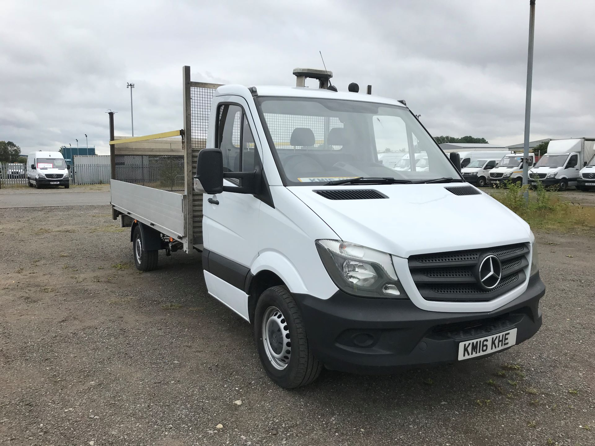 2016 Mercedes-Benz Sprinter 3.5T Chassis Cab (KM16KHE)