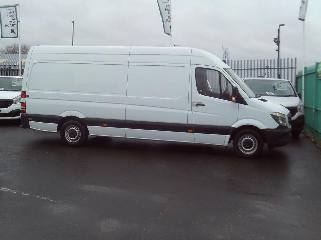 2016 Mercedes-Benz Sprinter 313cdi lwb High Roof 130ps (KM16KRK) Image 5