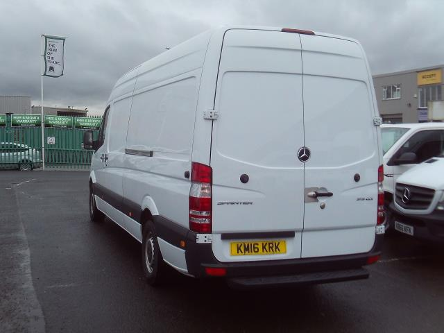 2016 Mercedes-Benz Sprinter 313cdi lwb High Roof 130ps (KM16KRK) Image 4