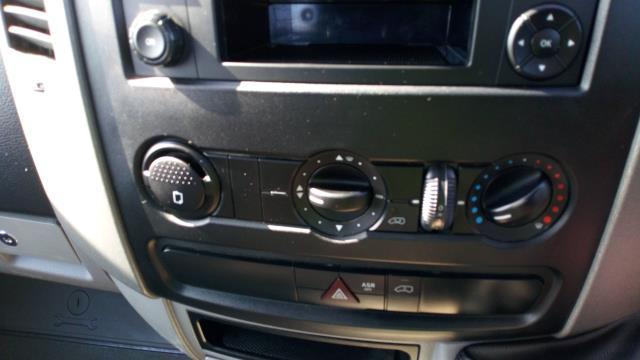 2017 Mercedes-Benz Sprinter 3.5T Chassis Cab Tipper (KM17FJZ) Image 18