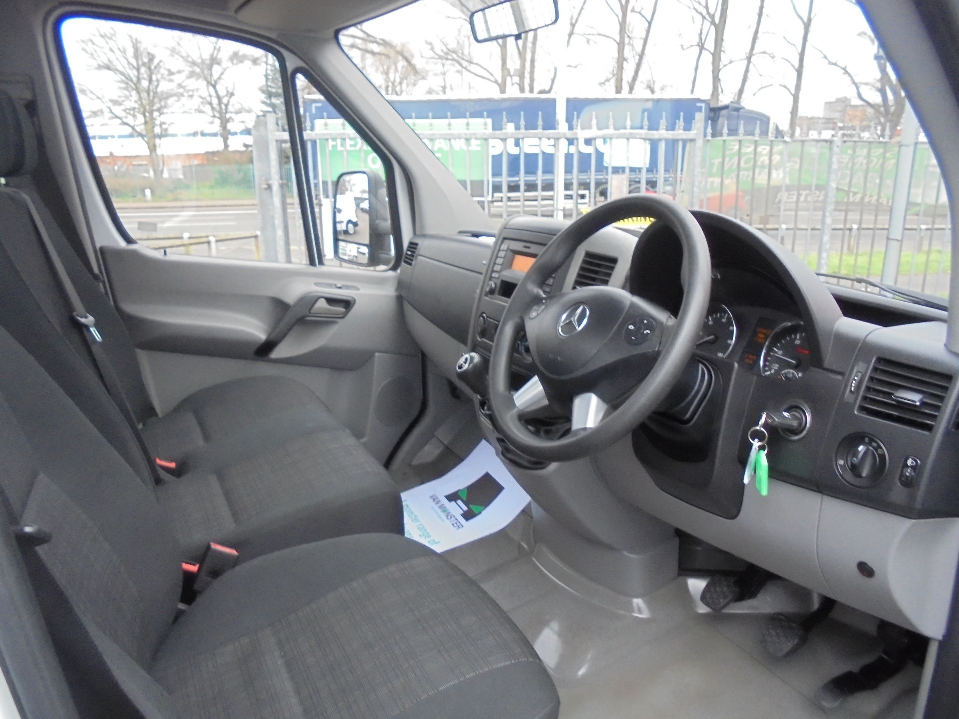 2017 Mercedes-Benz Sprinter 314 CDI LWB S/C DROPSIDE (KM17FNZ) Image 9