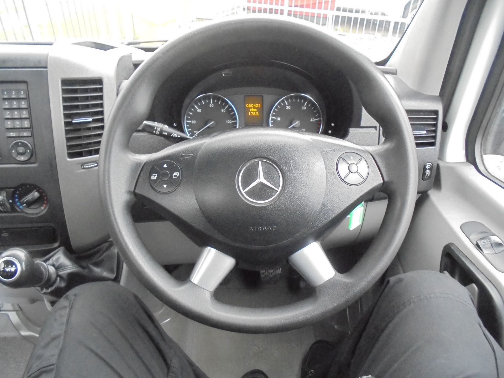 2017 Mercedes-Benz Sprinter 314 CDI LWB S/C DROPSIDE (KM17FNZ) Image 11